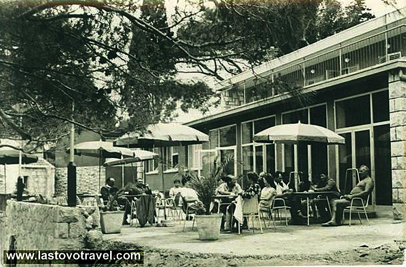 Cafe Pasadur in 1960s