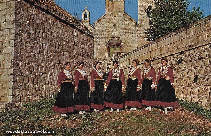 folk-costumes-lastovo1969