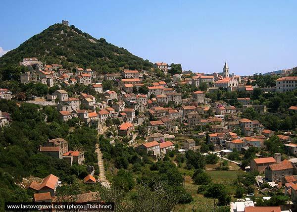 lastovo-village11