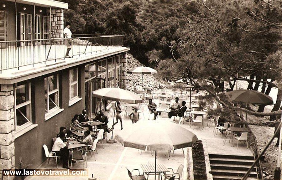 Restaurant in Pasadur in 1960s