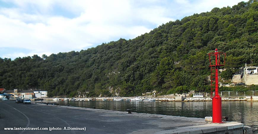 Ubli Lastovo ferry port